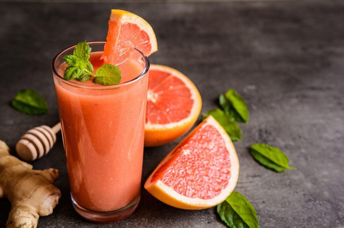 Quy tắc giảm cân thứ năm: Tận dụng trà xanh và nước ép từ cam