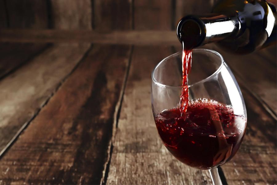 Thực phẩm duy trì sắc đẹp: Rượu vang đỏ